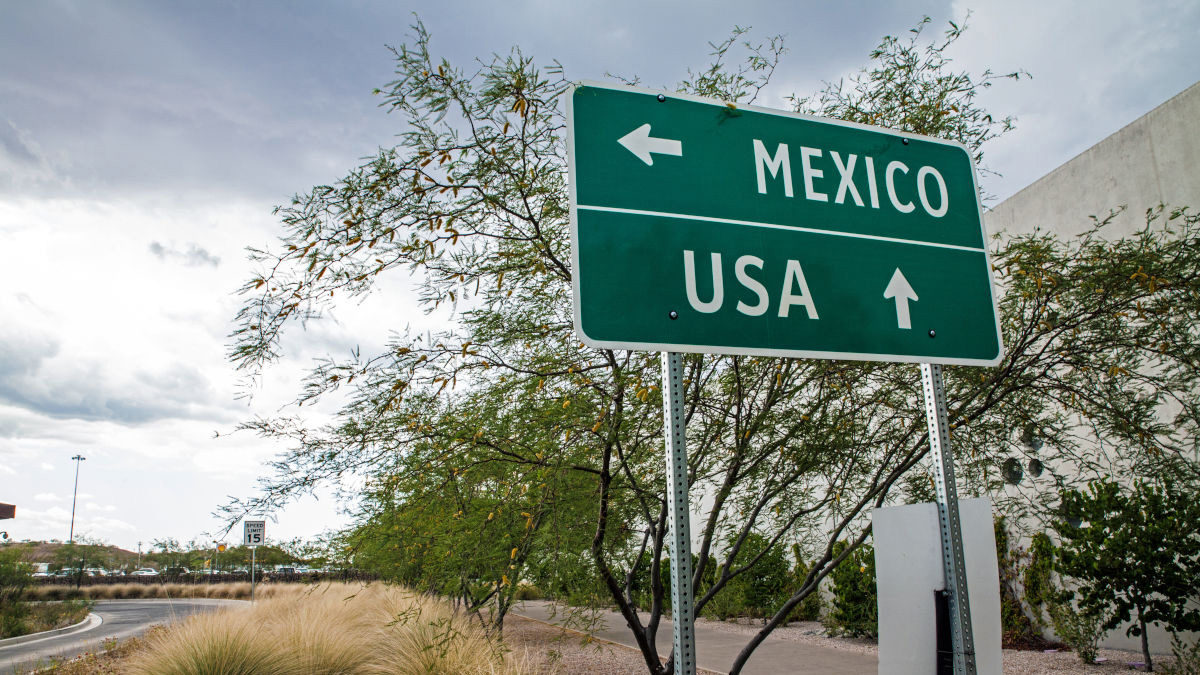Can You Drive a Rental Car into Mexico?