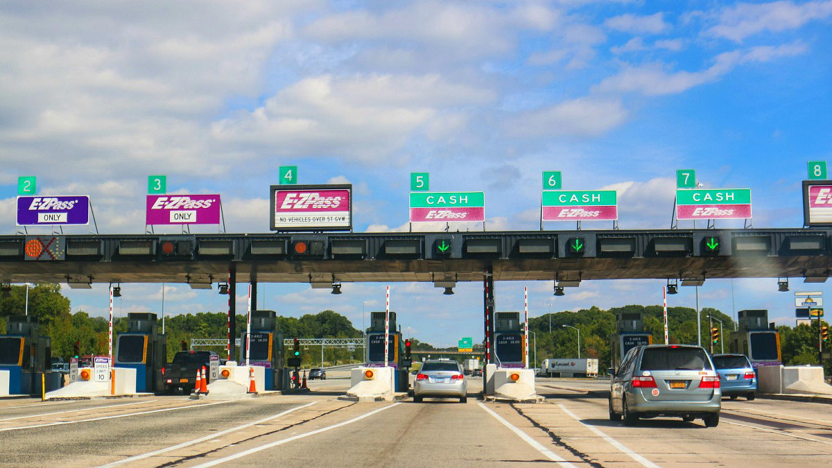 Use a Toll Calculator to Estimate Your Road Trip Costs